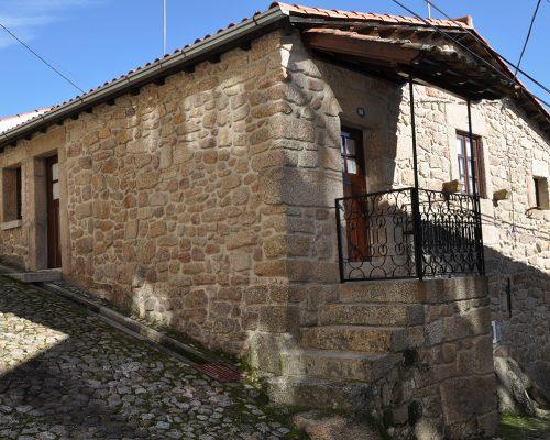 Typisches Haus der Beira Region