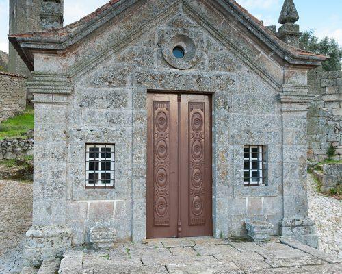 Capilla De Nuestra Señora De Lourdes S Juan Bautista Aldeias Históricas De Portugal
