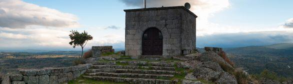"""Sta. Bárbara"" oder ""Curvaceira"" Kapelle"