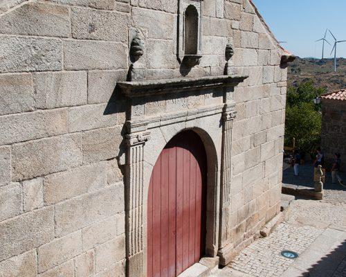 "Pfarrkirche / ""Nª Senhora das Neves"" Kirche"