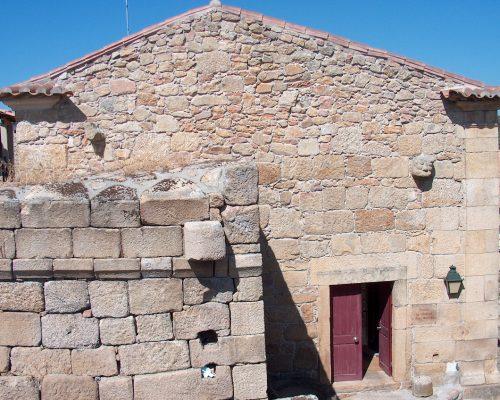 Domus Municipalis / Touristenstelle / Museu dos Sentidos (Museum der Sinne)