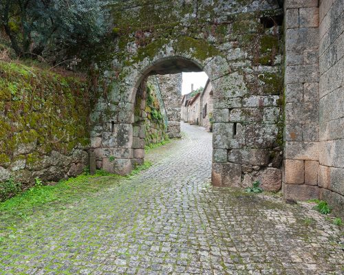 Porta do Espírito Santo oder Porta de São Sebastião (Tor)