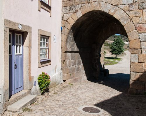 Porta da Vila (Haupttor)