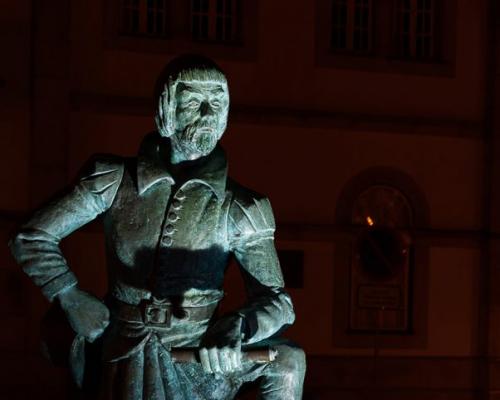 Estátua do Bandarra