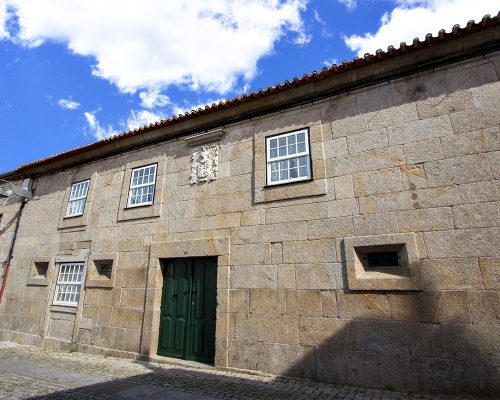 Casa das Oliveiras / Solar dos Costa Cardoso Pacheco